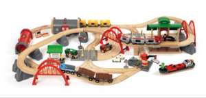 BRIO BRI-33052 Rail Deluxe Railway Set £103.52 @ Amazon