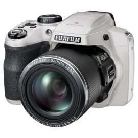 Fuji S8200 16MP bridge camera 40x zoom for £129 plus free delivery @ Tesco Direct