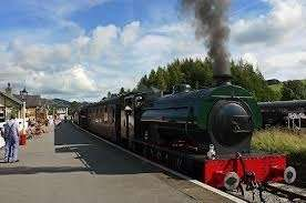 ~Bank Holiday/Half Term Family Fun~  Less Than Half Price Family Embsay & Bolton Abbey Steam Railway Pass, Skipton Only £10 (Was £25) @ The Bee