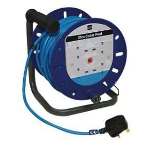 Masterplug Cable Reel 4G 240V 25m   £17.98 @ screwfix
