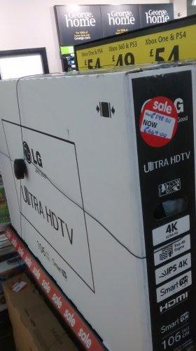 LG  4k ultra HD smart tv 42 inch £449 at ASDA