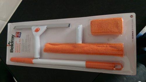 Beldray 5-Piece Window Cleaning Set, White/Orange @ B&M was £15.00 NOW £4.99