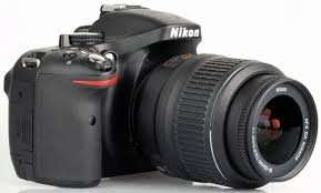 Nikon D5200 DSLR camera with 18-55 VR II lens plus free Nikon SLR bag £342 (£302) @ Costco - Instore only.  ENDS 28/6/15