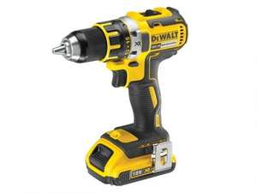 DeWalt DCD790D2-GB 18V XR 2.0Ah Li-Ion Cordless Drill Driver Brushless. £135 @ UK Tool Centre