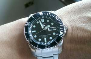 Seiko automatic divers 23 jewels 100m snzf17j1 like rolex submariner free DHL delivery £106 @ creationwatches