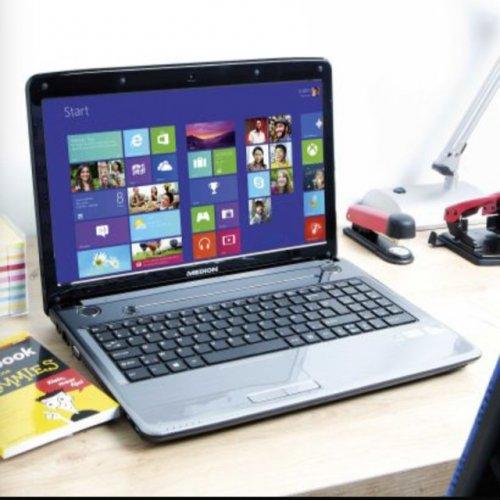 "Medion Akoya E6234 Laptop Intel Celeron 15.6"" 500GB HDD 4GB RAM Win 8. £189.99 @ Cheapest Electrical"