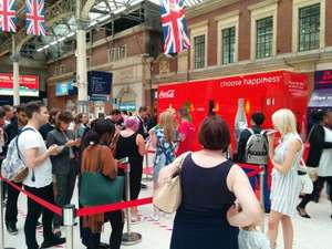 Free Coca-Cola t-shirts at London Victoria Station