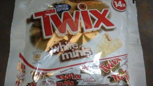 White chocolate twix mini (14 pack) £1.00 instore @ poundland