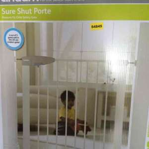 lindam safety gate reduced £6.49 in aldi