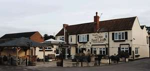 2 night stay for 2 people with Breakfast at at Ye Olde Red Lion (near Beverly) £49 @ DealMonster