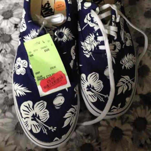 men's Vans shoes (sz 8) £5 @ TKMaxx in store