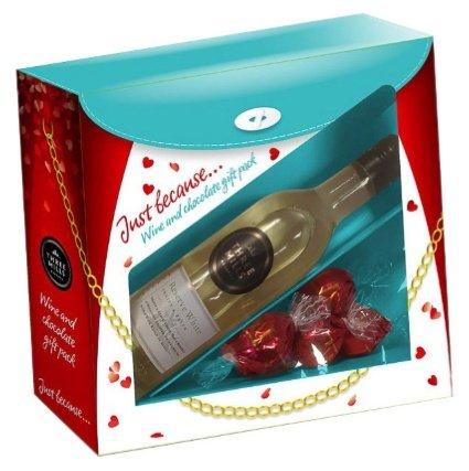 Three Mills White Wine Gift Set £1.99 @ B&M