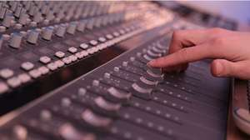 Kids 2 hour CD recording session - £10 @ Key 103