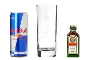 Personalised Jager Redbull set £4.99 + £4.99 delivery @ 24Studio