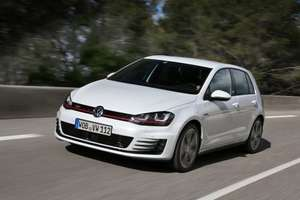 Volkswagen Golf 5 Door Hatch 2.0TDI £215.99pm total £7919.76 (£7759.76 after cashback) @ Gateway2lease