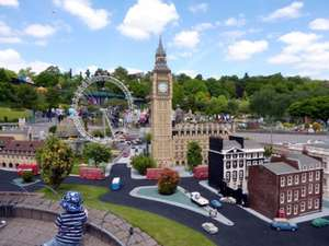 Early Booking - Legoland windsor TWO Days in park + Night in hotel + Breakfast & more from £37.25pp (Based on a Family of four / See OP example of dates)