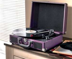 Akura Retro Suitcase Style 3 Speed Record Player (Battery / Mains) 3 Colours Available Now Only £34.99 @ 24Studio (Del £4.99 per order)