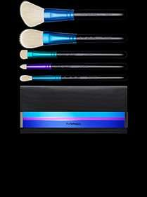 5 x MAC essential travel size makeup brushes (£9 per brush) + matching chic black ribbed clutch bag £45 @ maccosmetics