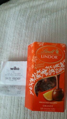 Lindt Lindor 200g orange truffles @ Wilko (instore)