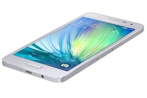 Samsung Galaxy A3 £129.99 (inc. Top-up) Unlocked EE/O2 Network @ Carphonewarehouse
