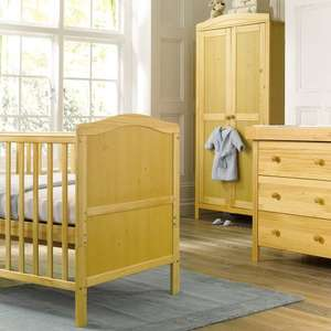 ** Cambridge Cotbed, Wardrobe and Drawer Dresser Furniture Set in Natural for £119.97 delivered @ Toys R Us **