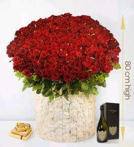 365 Red Roses for that special someone this Valentines Day £2500 @ prestigeflowers
