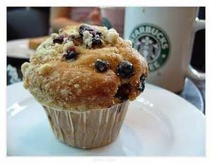 Grande latte & muffin for £4.00 exlusive to My Starbucks Rewards members at Starbucks Coffee