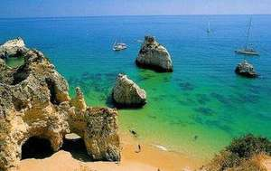 4 nights in The Algarve, Portugal for £65.57pp (total £262.26) including flights, apartment and car hire @ Hotels.com