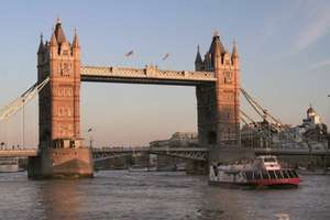 Family Thames Sightseeing Cruise 3 Day Rover Pass (2 Adults + 3 Kids) £18.70 with code @ BuyAGift