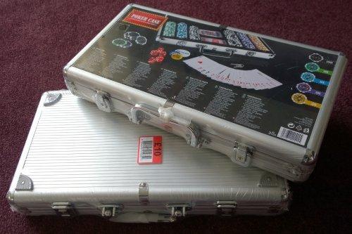 300pcs Poker Set in nice case £10 @ Bargain Base, York
