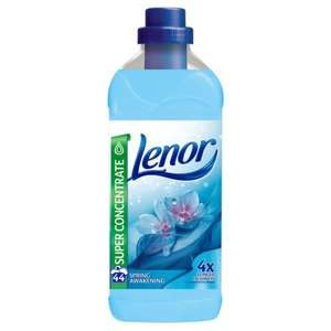 Lenor Spring Awakening, Fresh Meadow Febreze, Cotton Flowers, Summer Breeze and Moonlight Harmony Fabric Conditioners 44 Wash 1.1L, reduced from £3.00 to £1.50 at Ocado