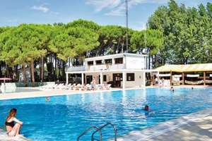 7nt French or Italian Eurocamp Break for up to 6 from £49 at Wowcher (Travel not included)