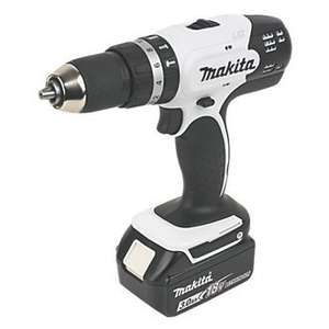 Makita 18v COMBI DRILL + 2 x 3.0 amp batteries £149.99 @ Screwfix