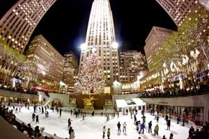 From Manchester: Christmas in New York 5 nights, luggage, 4* Times Square Hotel £624.26pp @ Venere