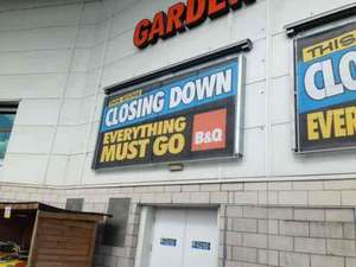B&Q Rochdale - Closing Down Sale