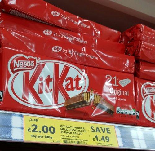 Kit Kat 2 Finger Milk Chocolate Biscuit 21 Pack 436.8G - Groceries - Tesco instore