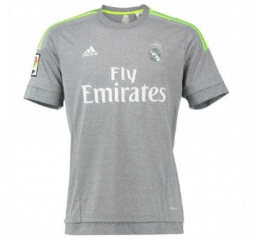Real Madrid Football Shirt £14.99 free postage Kitbag eBay store