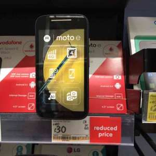 Vodafone payg Android Motorola E/moto e 4G LTE mobile £30 instore @ Asda