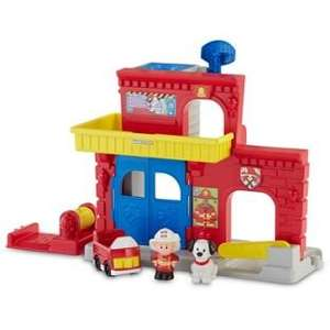 Fisher-Price little people fire station @ Argos - £9.99