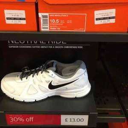 Nike Revolution 2 £9.10 @ Nike outlet (instore Taplow)