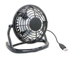 It's back! USB powered desk fan £2.49 @ Home Bargains (instore)