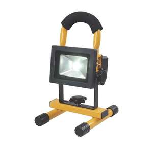AE0181 RECHARGEABLE LED WORK LIGHT 5W 12 / 240V £11.49 Free click and collect @ Screwfix