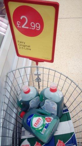 Fairy Liquid (Original) 2.5 litre £2.99 @ Iceland (In store)