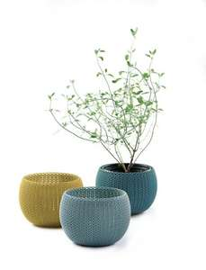Keter Knit Cozies Indoor/Outdoor Garden Plant Pots Planters - Mixed Colour, Set of 3 £4.90 Amazon add-on :