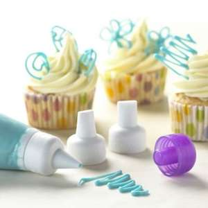 CANDY MELTS DECORATING TIP SET at Lakeland for 49p (SAVE £3.80)