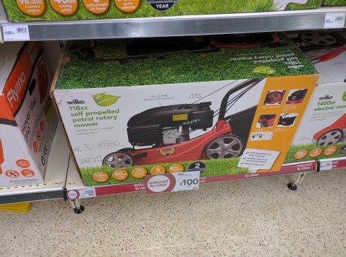 Petrol Lawnmower Self Propelled Now £100 was £150 wilko