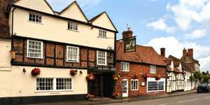2 Night Stay in 3 Star 16th Century Coaching Inn Oxfordshire + Breakfast & Dinner both days + Tickets to a local attraction worth up to £24.90 per person just £49.50pppn (Total £198)