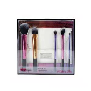 Real Techniques Deluxe Gift Set – Collector's Edition £14.99 / £17.98 delivered @ Gordons Direct Chemists