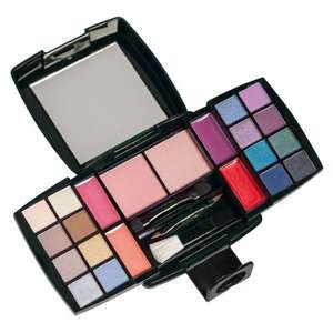 Avon Professional Make-Up Collection Palette Gift Set £10.20 ebay /  jjspjsplus-64