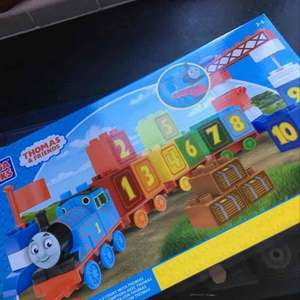 Mega Bloks Thomas & Friends 35 pieces £6.50  Sainsbury's Toy Sale